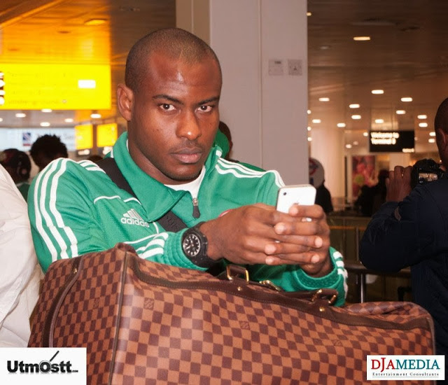 Super Eagles Arriving at Heathrow -31