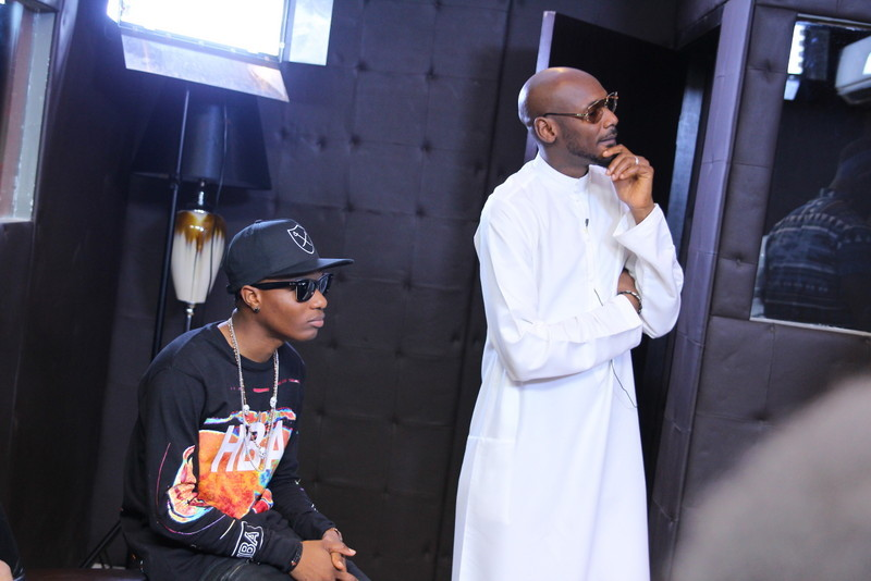 2face_and_wizkid_crafting_that_banger