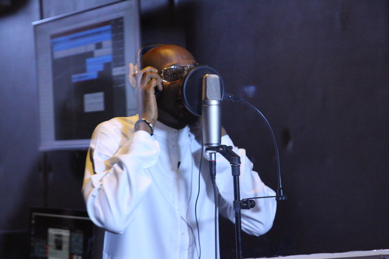 2face_in_the_booth