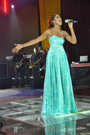 Seyi Shay performing