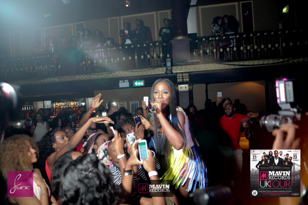 IMG_6509 Mavin Concert UK_Manchester_21Oct2014_Daniel Sync PHOTOS-2