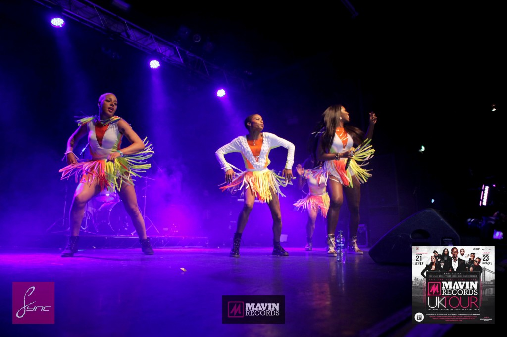 IMG_6557 Mavin Concert UK_Manchester_21Oct2014_Daniel Sync PHOTOS-2
