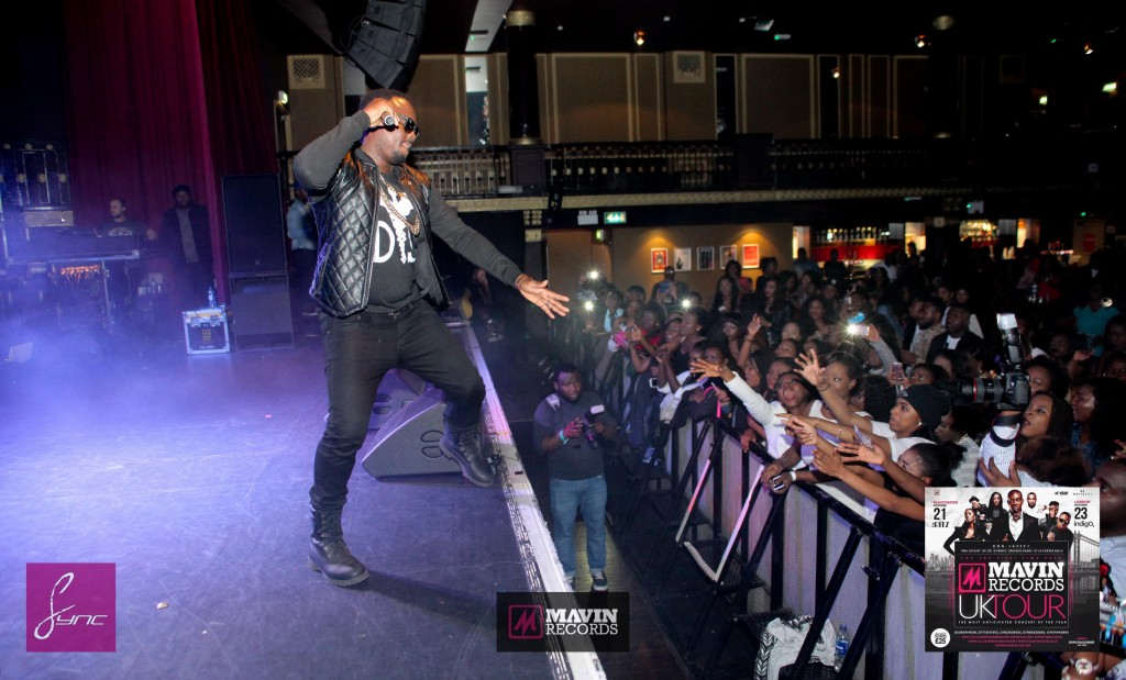 IMG_6609 Mavin Concert UK_Manchester_21Oct2014_Daniel Sync PHOTOS-2