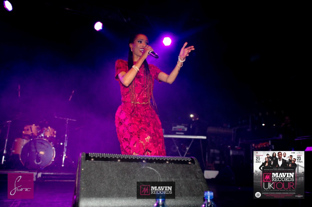 IMG_6662 Mavin Concert UK_Manchester_21Oct2014_Daniel Sync PHOTOS-2