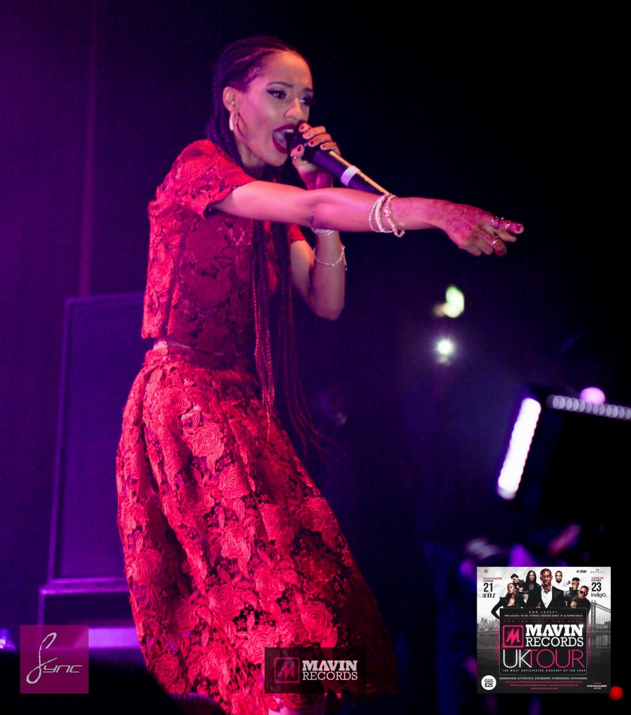 IMG_6667 Mavin Concert UK_Manchester_21Oct2014_Daniel Sync PHOTOS-2