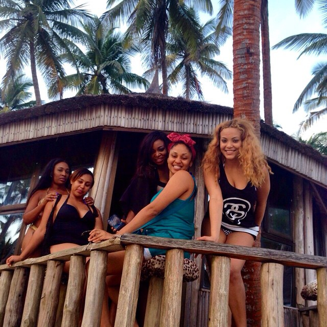 sarah-ofili-birthday-beach-party-3