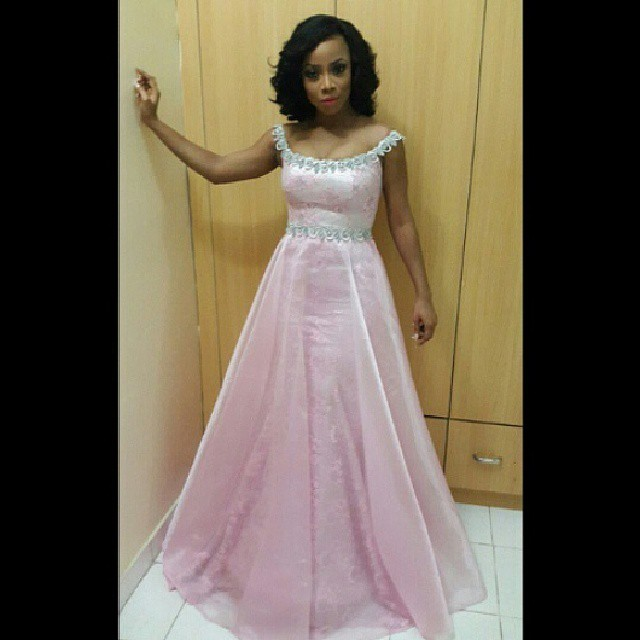 toke-makinwa-pinkball