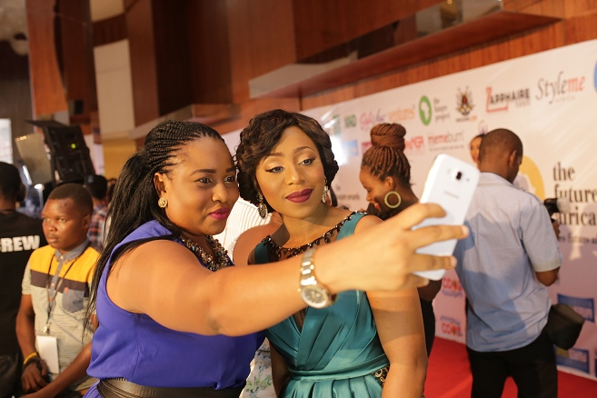 Selfiemoment with Dakore (657x438)