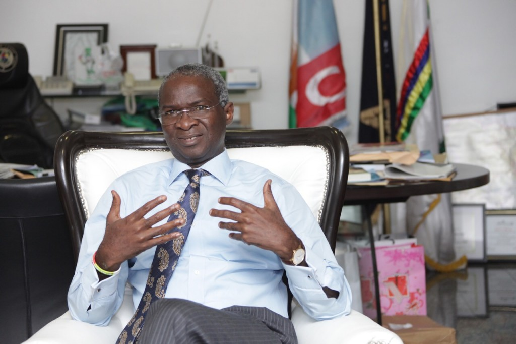 wpid-governor-fashola-addressing-the-tfaa-team.jpg.jpeg