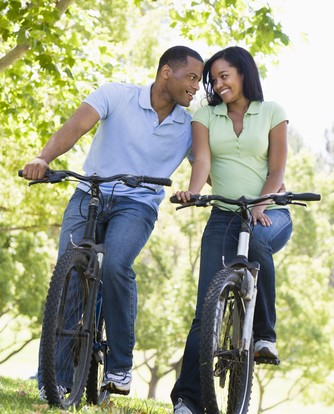 great-date-deals-couple-riding-bikes-pretty-girls-rock-dresses