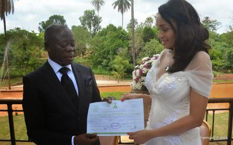 Oshiomole and wife