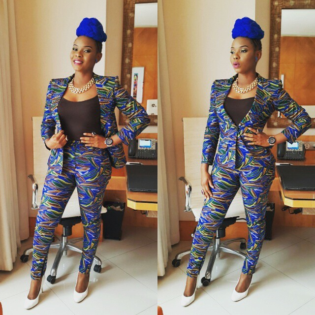 yemi-alade-blue-hair-2