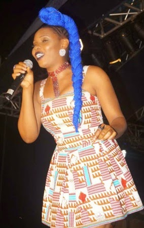 yemi-alade-blue-hair-3