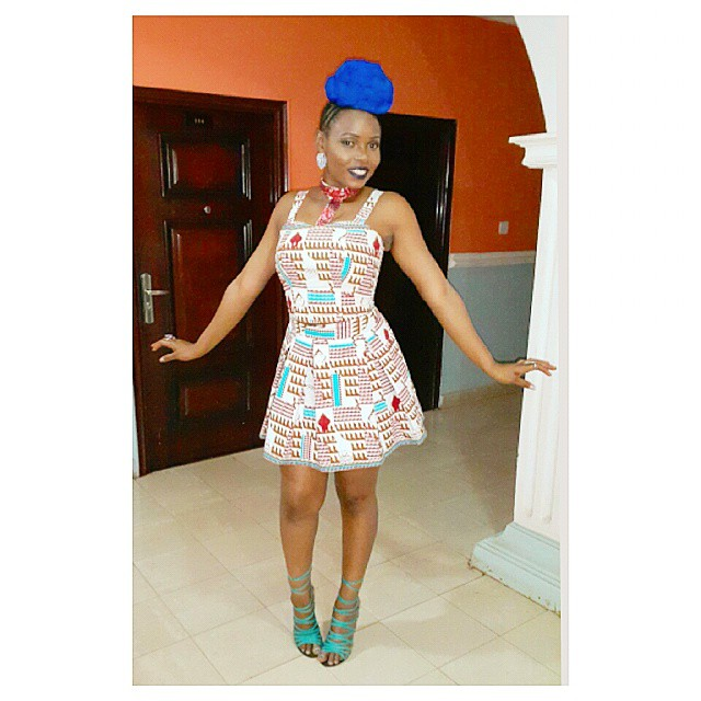 yemi-alade-blue-hair